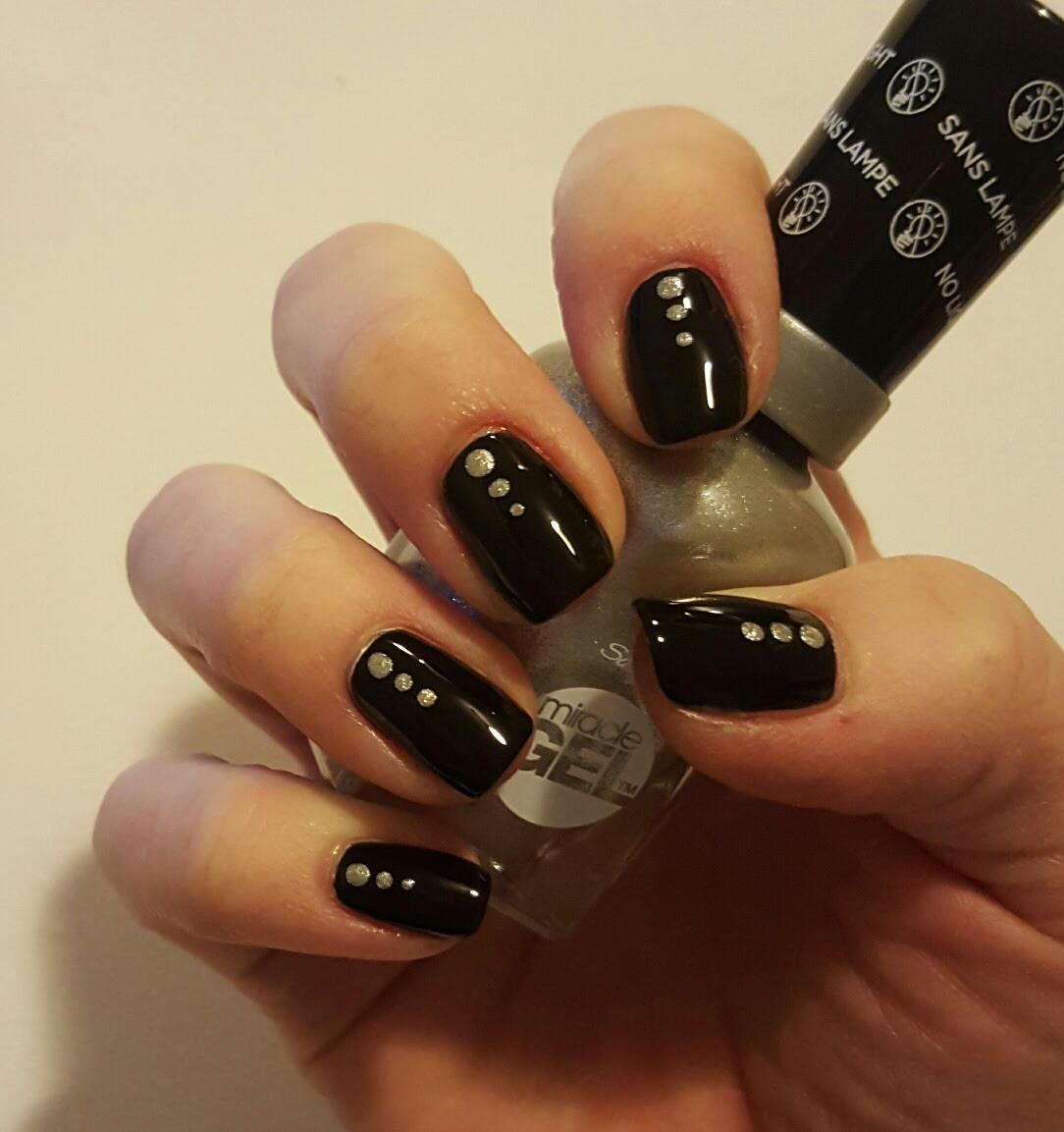 black w silver spots nails